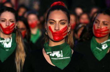 সহিংসতা: দেশে দেশে প্রতিবাদী নারীদের বিক্ষোভ