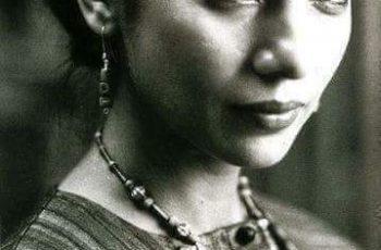 সফল ভারতীয় অভিনেত্রী শাবানা আজমী